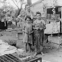 Poor Mom and Children, Oklahoma, 1936